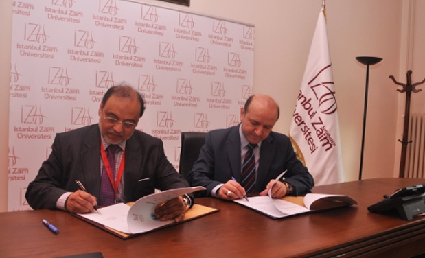Rectot UMT and Rector IZU turkey Signing mou for academic cooperation