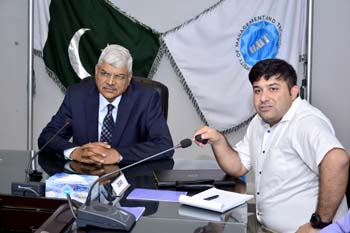 Dr Muhammad Aslam, Rector UMT-Holds Meeting with SFAS-School of Food and Agricultural Sciences