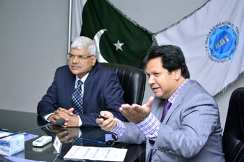 Dr Muhammad Aslam, Rector UMT-Holds Meeting with SHS-School of Health Sciences